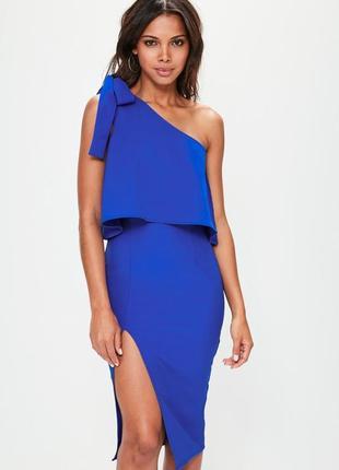 Нереальное платье с разрезом