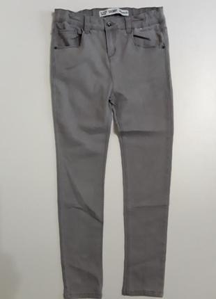 Фирменные джинсы скинни12-13 лет