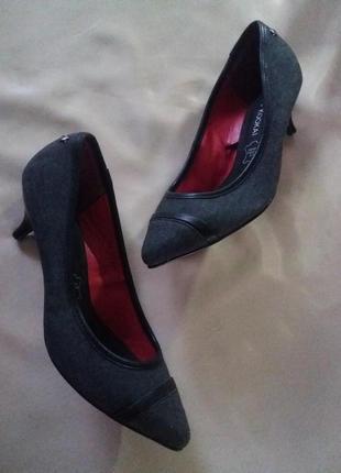 Туфли лодочки на каблучке натуральная кожа