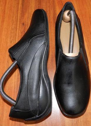Clarks ! оригинальные, кожаные, невероятно крутые туфли на низком ходу
