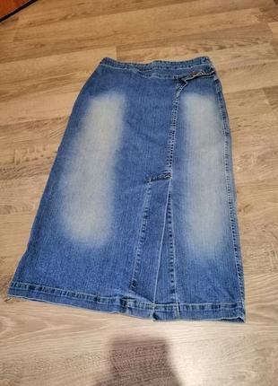 Фирменная джинсовая юбка карандаш
