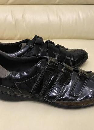 Лаковые туфли кроссовки мужские pazolini 42,45
