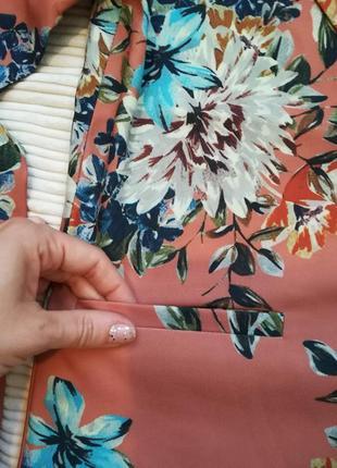 Супер стильный пиджак жакет в цветочный принт vila clothes7 фото