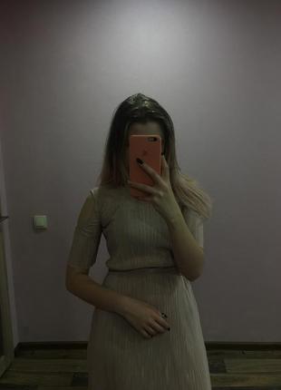 Платье легкое летнее с открытыми плечами