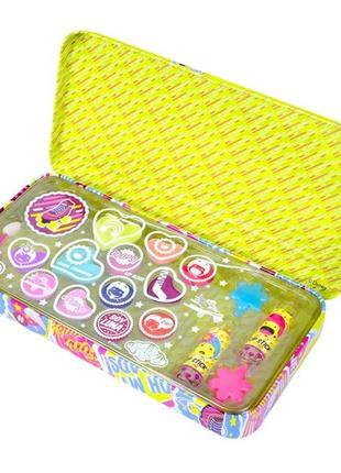 Набор косметики markwins - disney rolling solo beauty tin kids cosmetic kit.