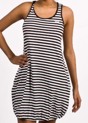 Продается стильное спортивное трикотажное платье от adidas