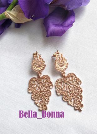 Модные, элегантные, ажурные серьги золото