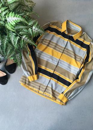 Стильна рубашка з цікавим пошивом на плечах😍