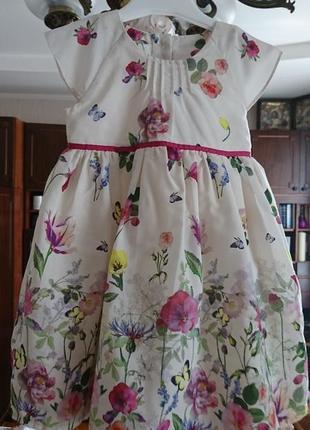 Очаровательное нарядное платье 9-12 месяцев на годик как новое