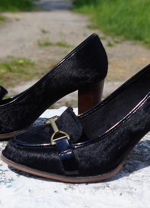 Жіночі туфлі clarks шкіра поні