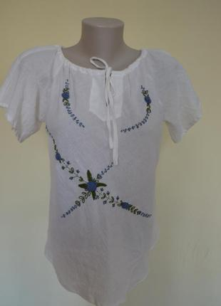 Красивая легкая блуза-вышиванка