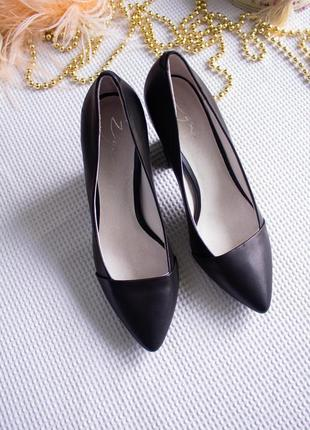 Туфли лодочки кожа на устойчивом каблуке