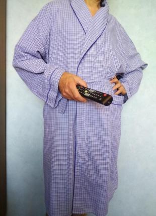 Уютный халат в голубую клеточку на солидного мужчину