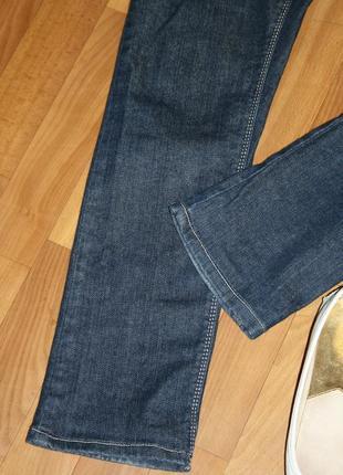 Стильные дизайнерские элегантные джинсы с фирменной фурнитурой3 фото