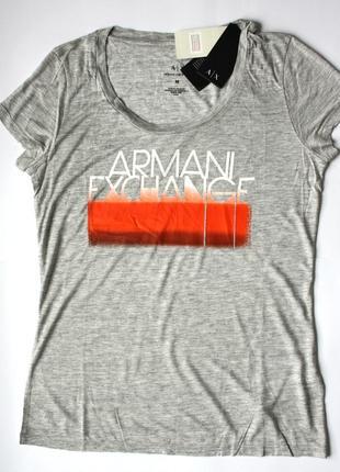 Женская футболка armani (m)