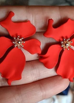 Серьги красные цветочек цветочки сережки