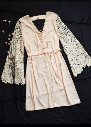 Милое нарядное платье