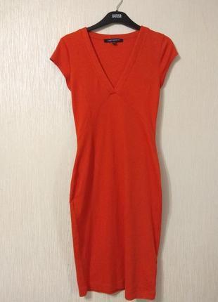 Яркое оранжевое трикотажное платье french connection размер xs