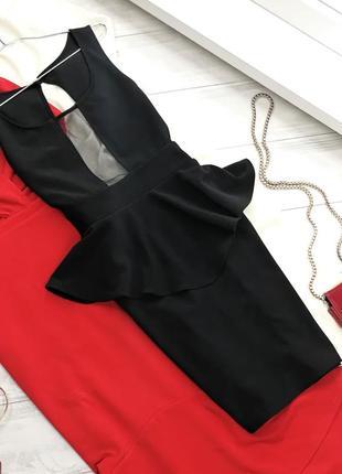 Стильное коктейльное платье с баской и вставкой сетки в162723 solemio размер m черное