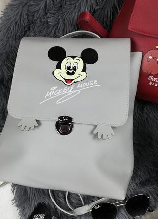 Новый серый рюкзак с микки маусом