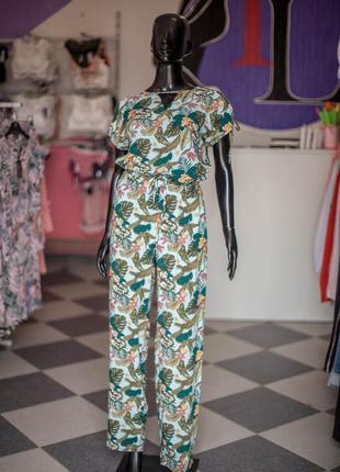Большая расспродажа!!! костюм комбинезон с кюлотами от wear me