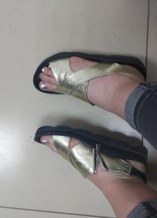Босоножки сандалии кожа кожаные