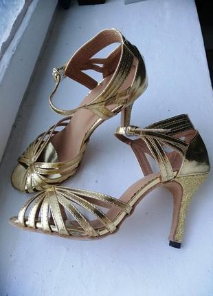 Бальные туфли танго сальса