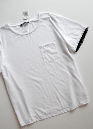 Базовая белая футболка с красивыми рукавами хлопок