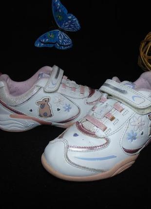 Мигают.модные кроссовки clarks .мега выбор обуви и одежды!