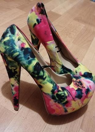 Туфли в цветочный принт р 37-37,5