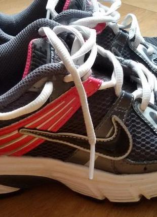Nike кроссовки женские р 38