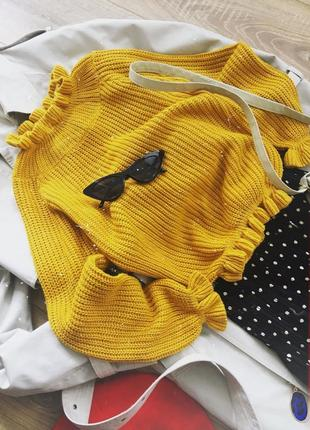 Актуальний светр від cameo rose