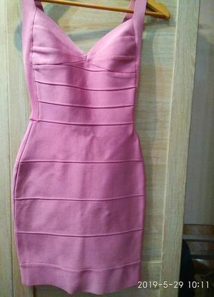 Шикарное платье herve leger