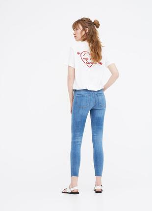 Супер класные стрейчевые джинсы.