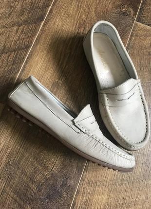 Стильные кожаные мокасины топсайдеры туфли amalia 38р.