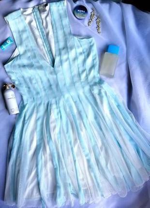 Платье стильное, лёгкое, фирменное. отличное качество