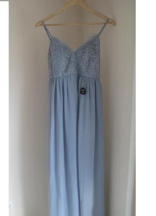 Нежно голубое платье в пол chi chi