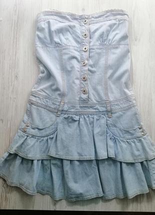 Платье джинсовое с открытыми плечами baby doll