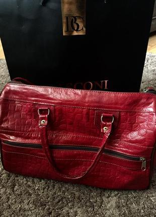 Большая красная сумка1 фото