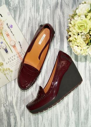Geox. оригинал. кожа. красивые туфли, лоферы на легкой платформе