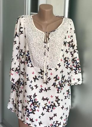 Красивая кофта блузка блуза 18р в бабочки