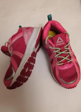 Брендовые кроссовки  reebok, размер 27, стелька 16,5 см.
