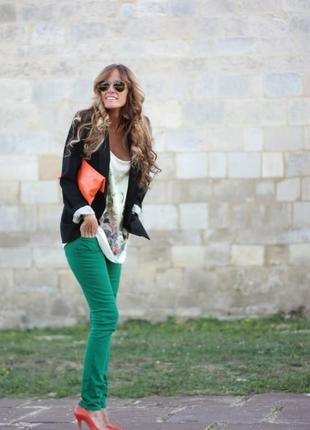 Зеленые джинсы н&m