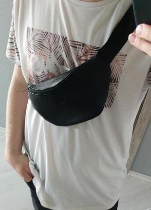 Акция! бананка натуральная кожа, очень стильная и удобная сумка на пояс.