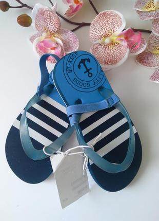 Пляжные вьетнамки шлепанцы шлепки h&m
