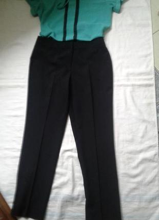 Черные легкие брюки 14размер