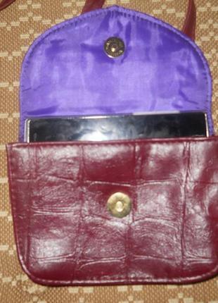 Маленькая, бордовая сумочка на длинной ручке atmosphere4