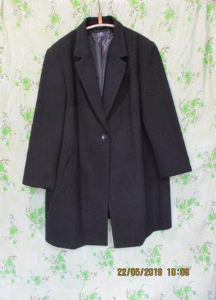 Красивое демисезонное пальто на одной пуговице/батал uk 28/наш 60-62 размер
