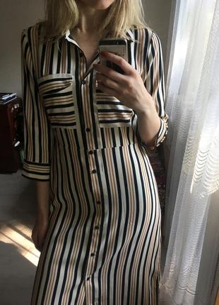 Актуальное платье рубашка миди в полоску