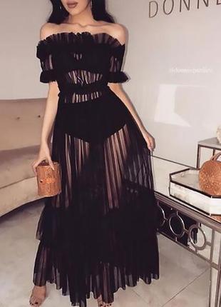 Платье чёрное пляжное с воланом